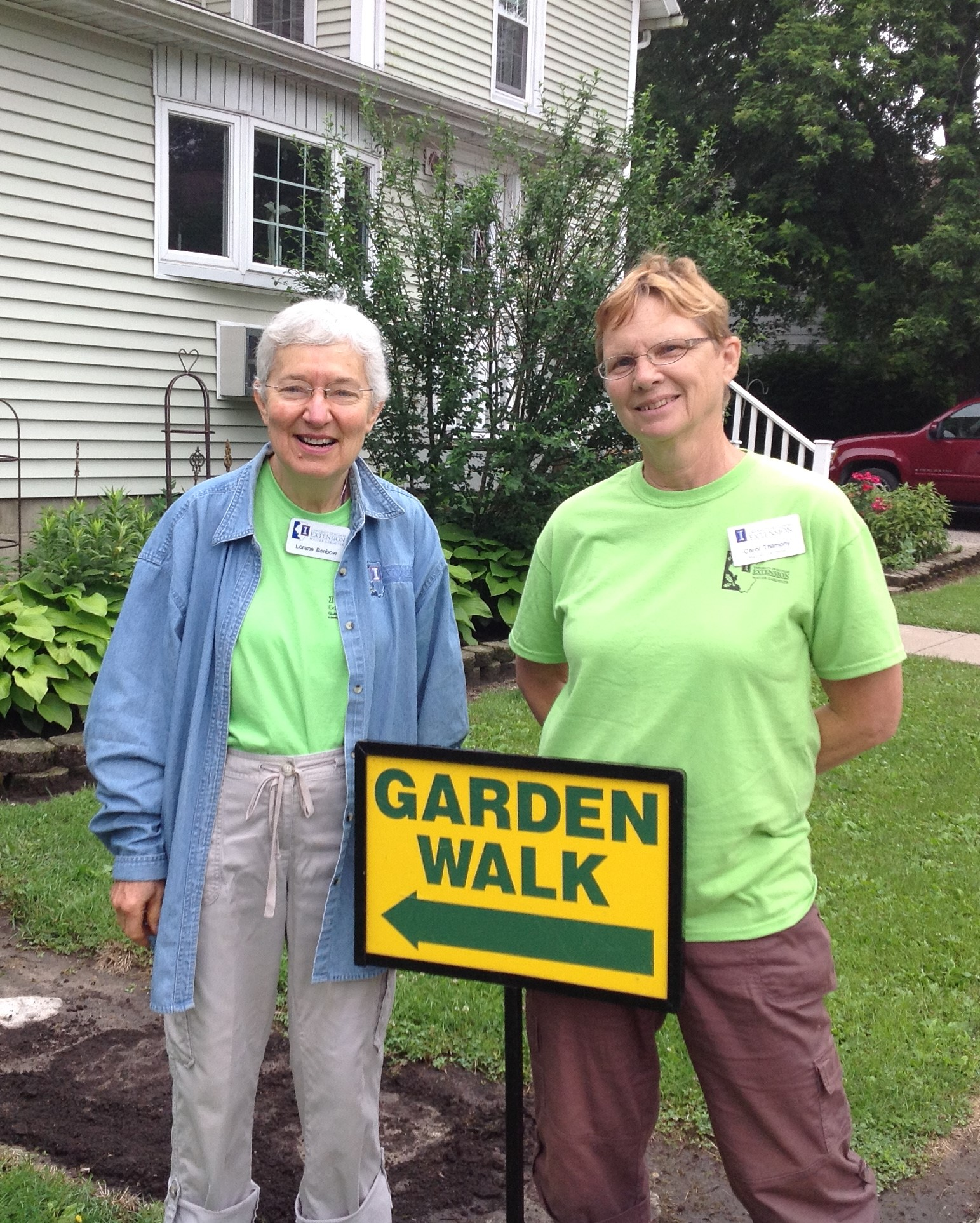 Ford Iroquois Master Gardeners at a garden