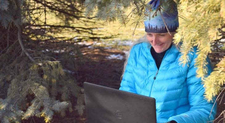 Extension Master Naturalist Julie Robinson documenting outdoor public spaces